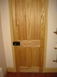 four-panel-clear-pine-internal-door
