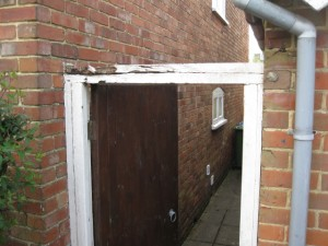 Side gate frame in southampton
